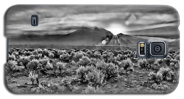 Dawn Over Magic Taos In B-w Galaxy S5 Case