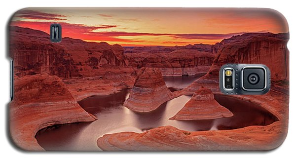 Dawn Sky Above Reflection Canyon. Galaxy S5 Case by Johnny Adolphson