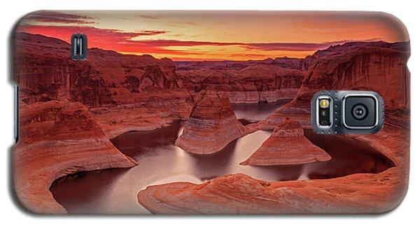 Dawn Sky Above Reflection Canyon. Galaxy S5 Case