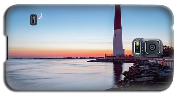 Daybreak At Barnegat Galaxy S5 Case by Eduard Moldoveanu