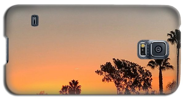 Galaxy S5 Case featuring the photograph Daybreak by Kim Nelson