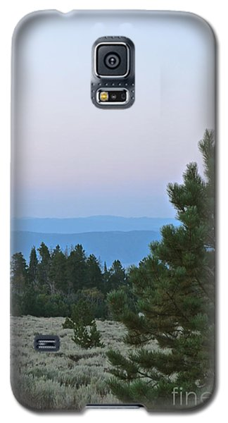 Daybreak On The Mountain Galaxy S5 Case