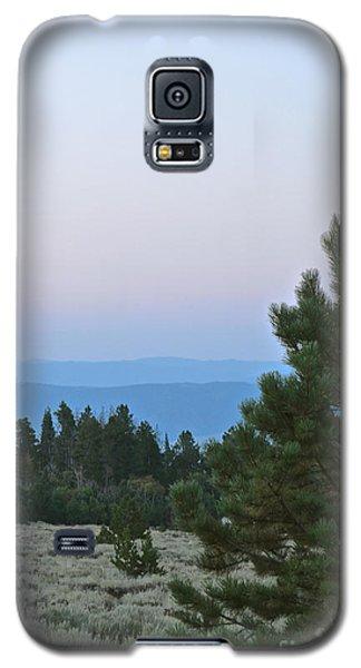 Daybreak On The Mountain Galaxy S5 Case