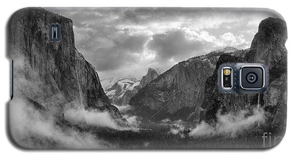 Daybreak Over Yosemite Galaxy S5 Case