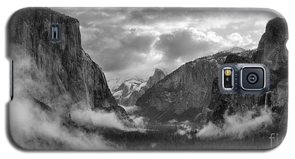 Daybreak Over Yosemite Galaxy S5 Case