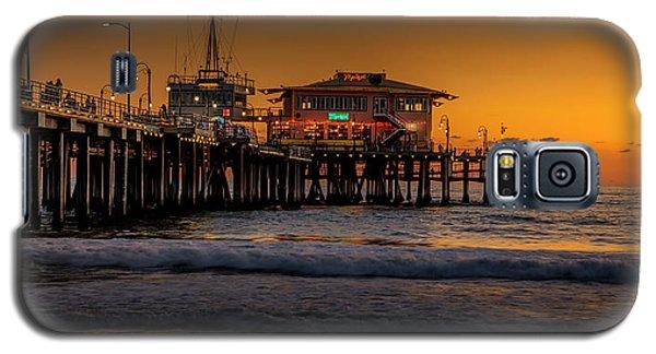 Daylight Turns Golden On The Pier Galaxy S5 Case
