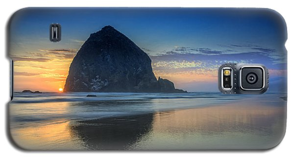 Day's End In Cannon Beach Galaxy S5 Case