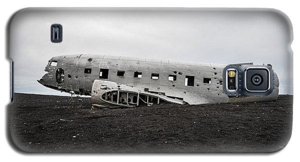 Dc-3 Wreck On The Solheimasandur Galaxy S5 Case