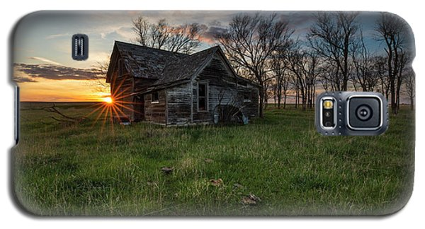 Galaxy S5 Case featuring the photograph Dearly Departed by Aaron J Groen