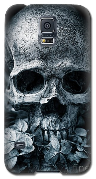 Galaxy S5 Case featuring the photograph Death Comes To Us All by Edward Fielding