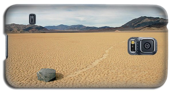 Galaxy S5 Case featuring the photograph Death Valley Ractrack by Breck Bartholomew