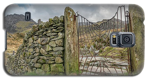 Galaxy S5 Case featuring the photograph Decorative Gate Snowdonia by Adrian Evans