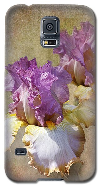 Delicate Gold And Lavender Iris Galaxy S5 Case by Phyllis Denton