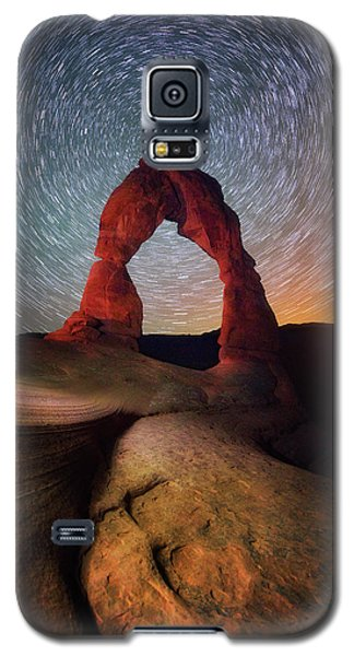 Galaxy S5 Case featuring the photograph Delicate Spin by Darren White