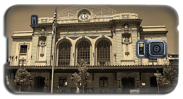 Galaxy S5 Case featuring the photograph Denver - Union Station Sepia 5 by Frank Romeo