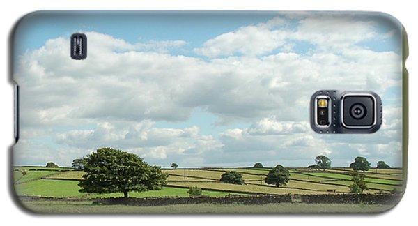 Derbyshire Landscape Galaxy S5 Case by Mini Arora