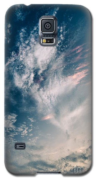 Galaxy S5 Case featuring the photograph Dervish by Alexander Kunz