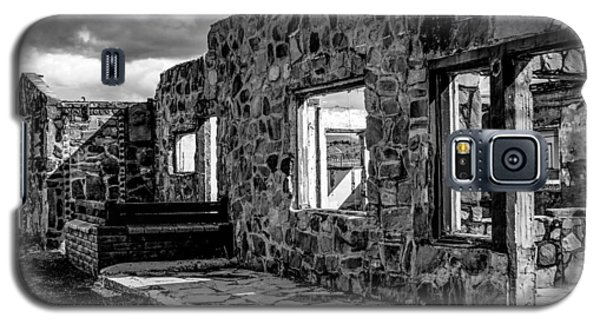 Desert Lodge Bw Galaxy S5 Case