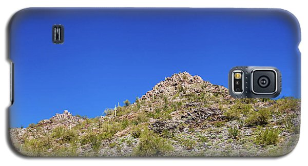 Galaxy S5 Case featuring the photograph Desert Mountaintop by Ed Cilley