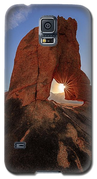 Galaxy S5 Case featuring the photograph Desert Star by Mike Lang