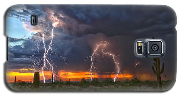 Galaxy S5 Case featuring the photograph Desert Strike by James Menzies