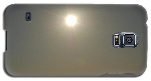 Galaxy S5 Case featuring the digital art Desert Sun by Walter Chamberlain