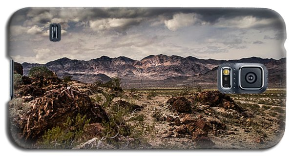 Galaxy S5 Case featuring the photograph Deserted Red Rock Canyon by Jason Moynihan