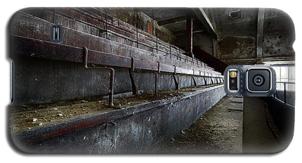 Deserted Theatre Steps - Urban Exploration Galaxy S5 Case by Dirk Ercken