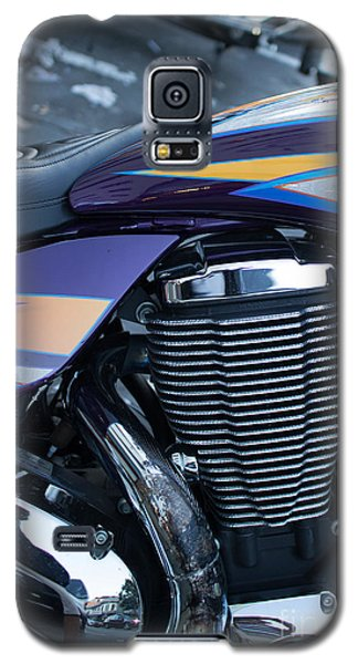Detail Of Shiny Chrome Cylinder And Engine On Cruiser Motorcycle Galaxy S5 Case by Jason Rosette