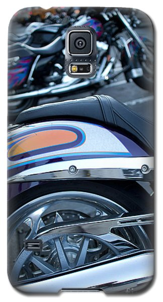 Detail Of Shiny Chrome Tailpipe And Rear Wheel Of Cruiser Style  Galaxy S5 Case