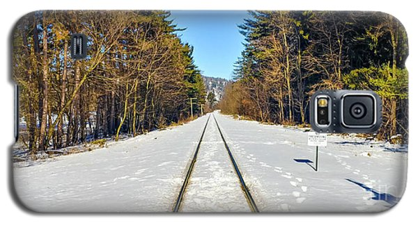 Galaxy S5 Case featuring the photograph Devil's Lake Railroad by Ricky L Jones