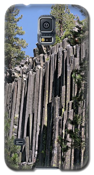 Devils Postpile National Monument - Mammoth Lakes - East California Galaxy S5 Case by Christine Till