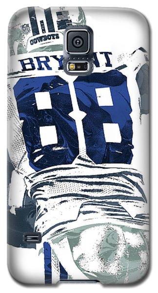 Galaxy S5 Case featuring the mixed media Dex Bryant Dallas Cowboys Pixel Art 6 by Joe Hamilton