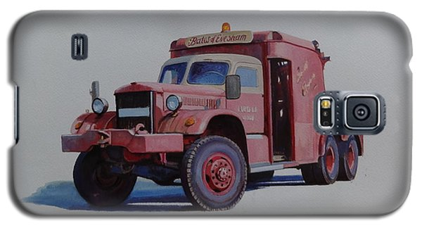 Galaxy S5 Case featuring the painting Diamond T Wrecker. by Mike Jeffries