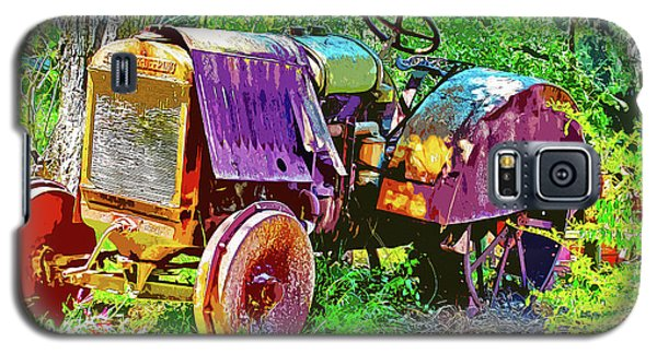 Dilapidated Tractor Galaxy S5 Case