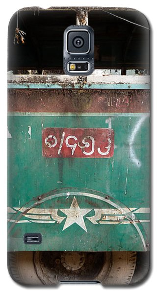 Dilapidated Vintage Green Bus In Burma - Side View With Tire Galaxy S5 Case