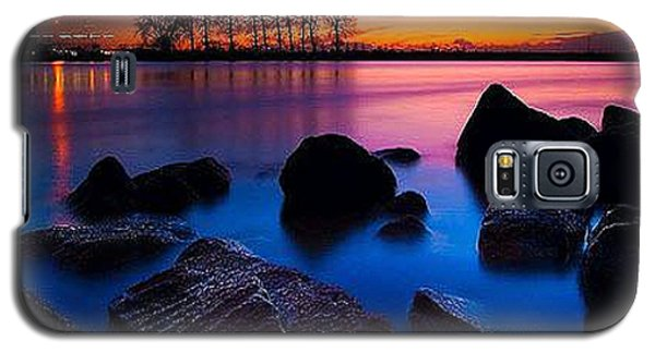 Distant Shores At Night Galaxy S5 Case