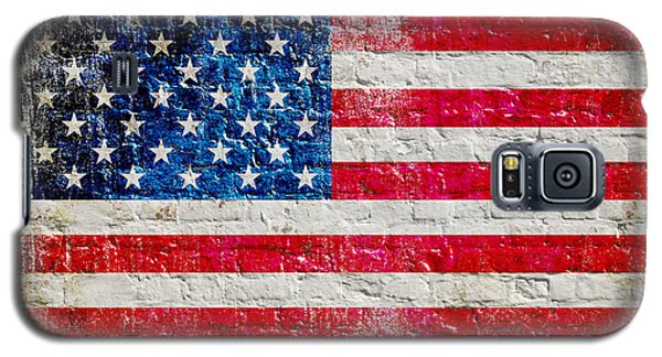 Distressed American Flag On Old Brick Wall - Horizontal Galaxy S5 Case