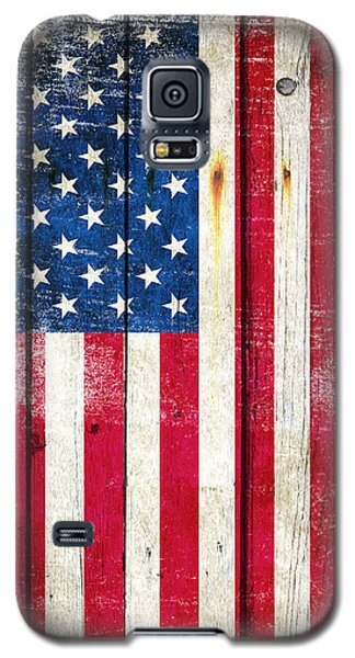 Distressed American Flag On Wood - Vertical Galaxy S5 Case