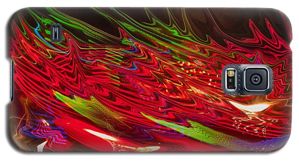Galaxy S5 Case featuring the photograph Dizzy by Linda Constant