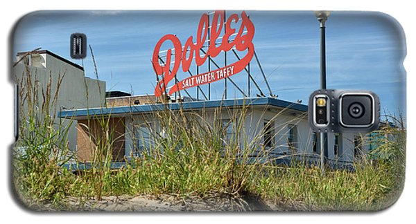 Galaxy S5 Case featuring the photograph Dolles Candyland - Rehoboth Beach Delaware by Brendan Reals