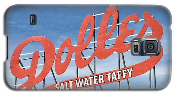 Galaxy S5 Case featuring the photograph Dolles Salt Water Taffy - Rehoboth Beach  Delaware by Brendan Reals