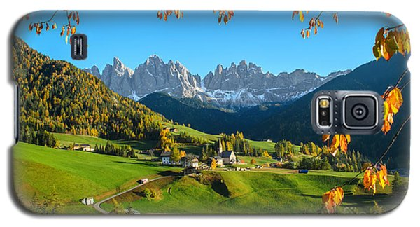 Dolomites Mountain Village In Autumn In Italy Galaxy S5 Case