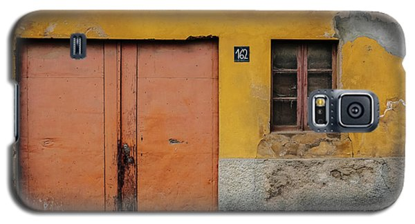 Galaxy S5 Case featuring the photograph Door No 162 by Marco Oliveira