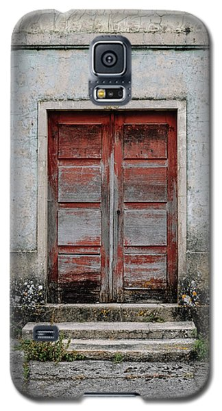 Galaxy S5 Case featuring the photograph Door No 175 by Marco Oliveira
