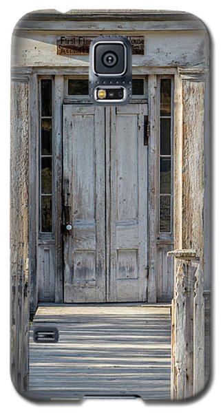 Door Of The Old Bannack Schoolhouse And Masonic Temple Galaxy S5 Case