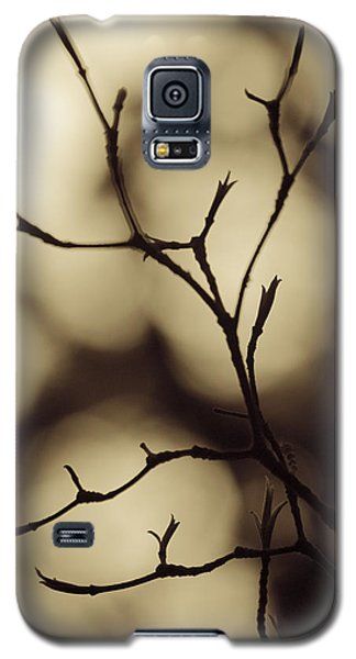 Galaxy S5 Case featuring the photograph Double Vision by Tom Vaughan