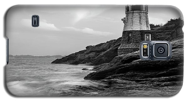 Galaxy S5 Case featuring the photograph Down Below Castle Hill Light by Andrew Pacheco