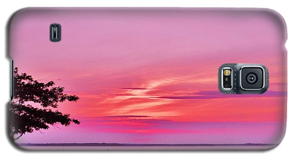 Galaxy S5 Case featuring the photograph Summer Down The Shore by Susan Carella