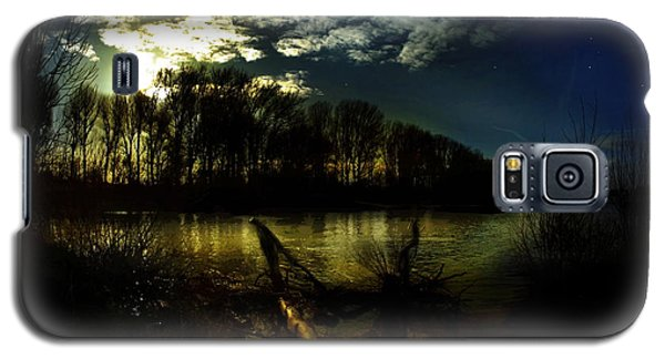 Down Where The River Bends Galaxy S5 Case